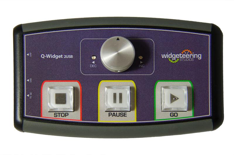 Q-Widget-PRO Dual Output Show Control Remote